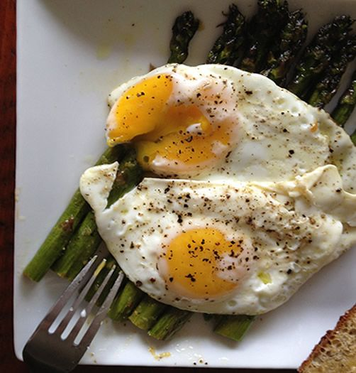 Breakfast is not the same without eggs. Try this Roasted ...