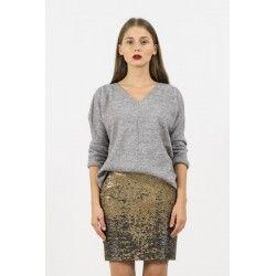 V sweater #50shadesofgrey #minimalism