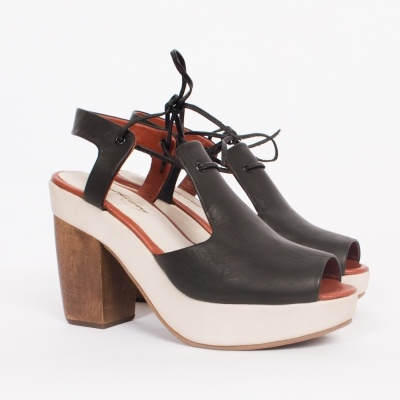 Rachel Comey Black Coral Heel: Black Coral, Canvas Shoes, Rc Coralside, Coral Heels, Clothing Style, Comey Black, Heel 450, Chic Shoes, France