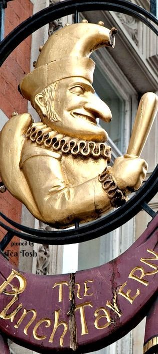 ❇Téa Tosh❇ Punch Tavern, Fleet Street, London.