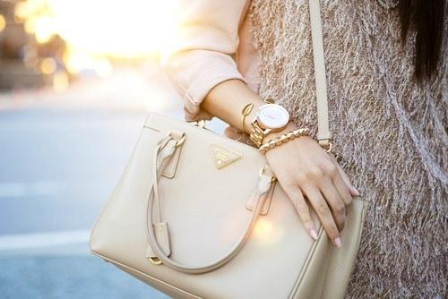 Prada bag for ladies,