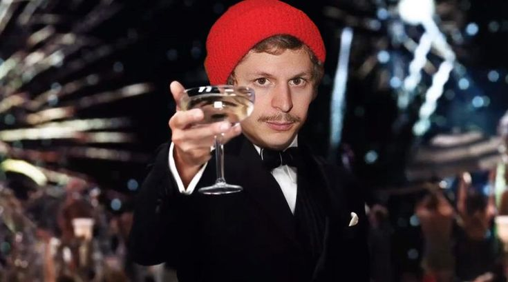 MRW I post the same photo of Michael Cera (badly photoshopped) every day and it hits FP