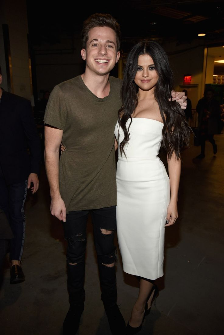 selgomez-news - Selena Gomez Style