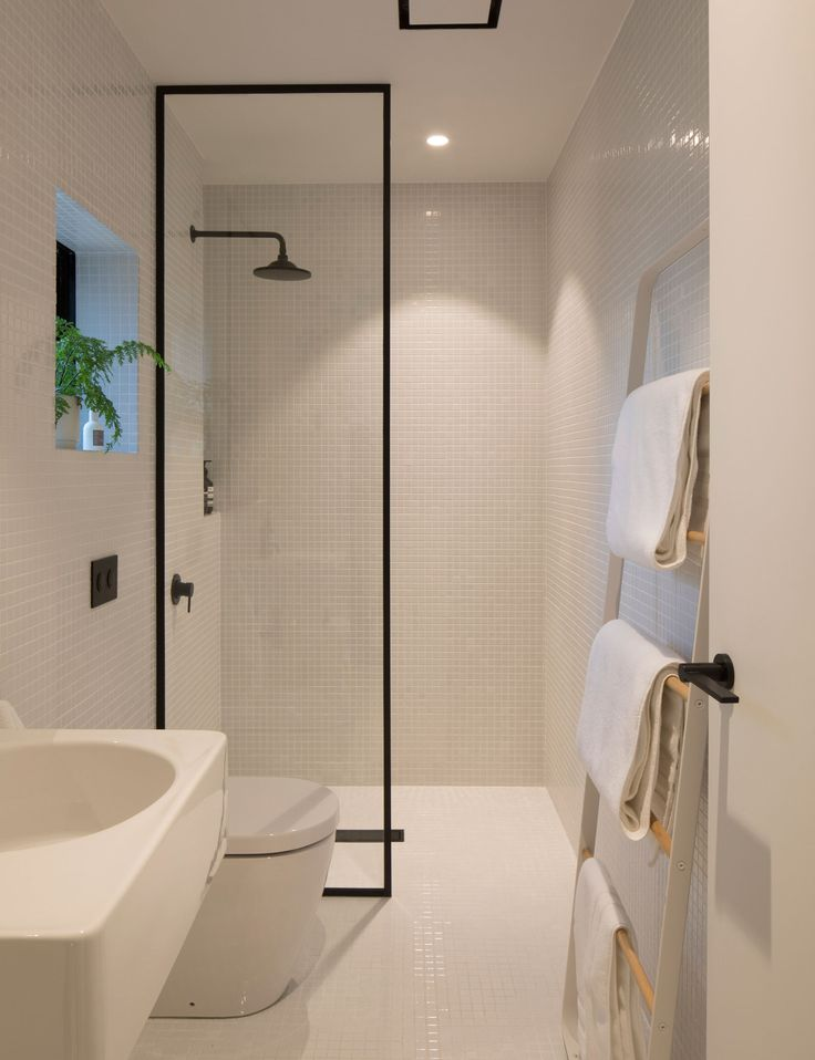How minimalist design took this small bathroom to the next level