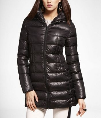 HOODED PACKABLE PUFFER JACKET at Express