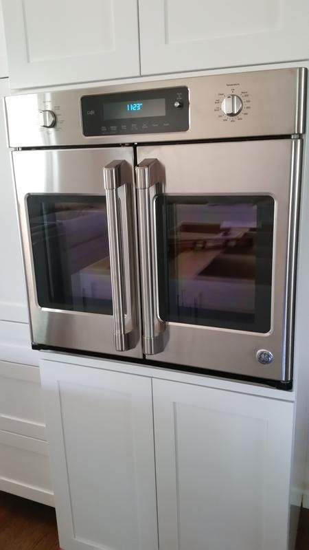 Our new, fantastic oven.                                                                                                                                                                                 More