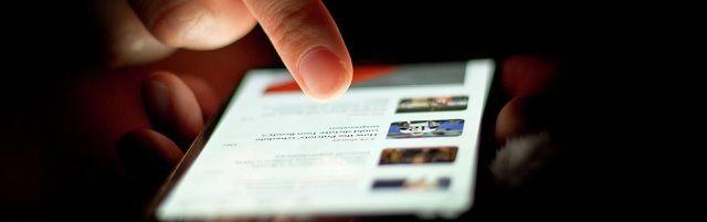 Baanbrekende nieuwe studie bewijst dat mobiele telefoons kanker veroorzaken - http://www.ninefornews.nl/baanbrekende-nieuwe-studie-bewijst-dat-mobiele-telefoons-kanker-veroorzaken/
