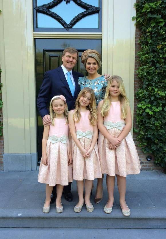 Koning Willem Alexander bedankt De Rijp op Facebook. Foto RVD/Facebook