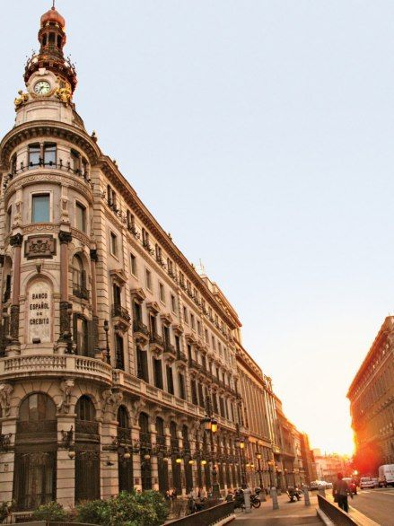 Banco Español de Crédito, on the corner of Calle de Sevilla and Calle de Alcala, in Madrid.