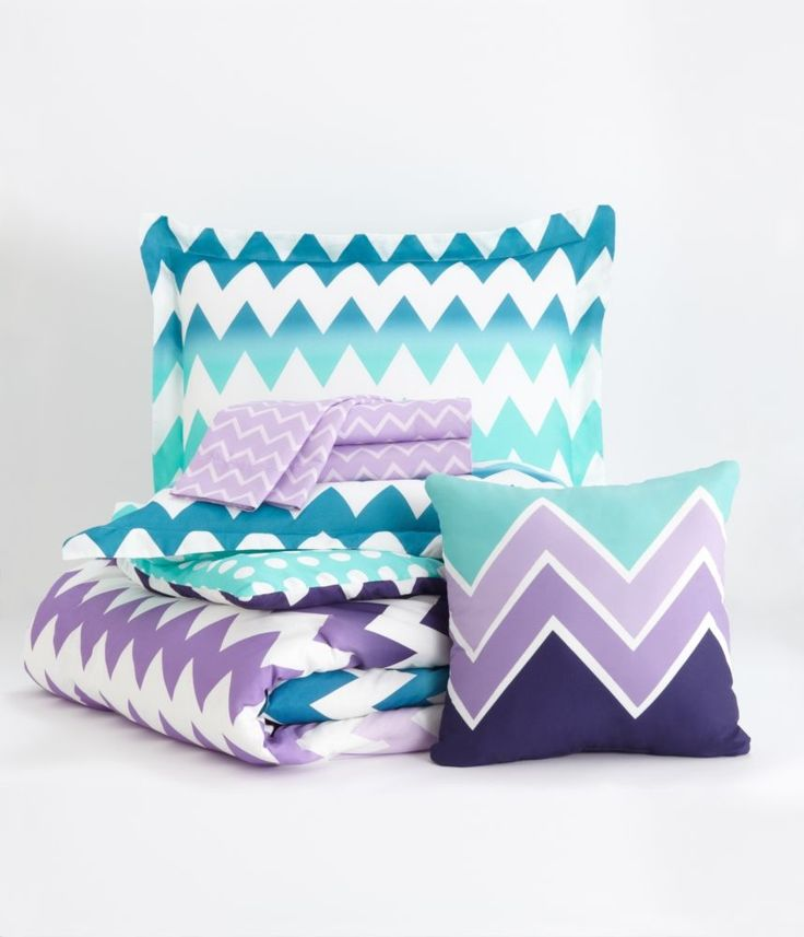 Chevron Bedding Set - Aeropostale- I think this is really nice and would look nice in my room.