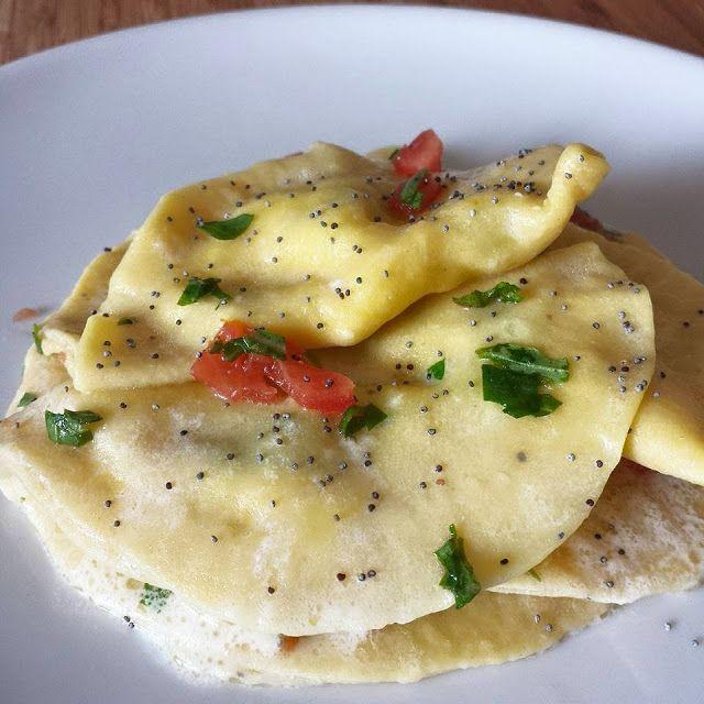 Mezzelune con ripieno di mozzarella, salmone e rucola - mezzelune, pasta, pasta ripiena, mozzarella, salmone, rucola...