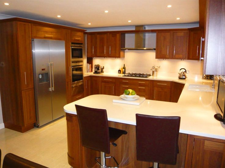 Small kitchen designs with islands 10 x 10 10 x 10 u for Tiny u shaped kitchen designs