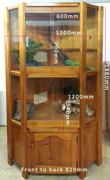 Timber reptile cabinet enclosure