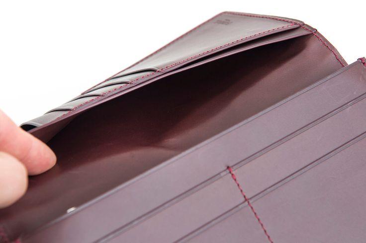 長束入れ TOTEM  カラー:ボルドー サイズ:H 9.5cm × W 18.5cm × D 1.7cm 重さ:約160g #クロコダイル #わに革 #ワニ革 #エキゾチックレザー #爬虫類皮革 #クロコ財布#長財布