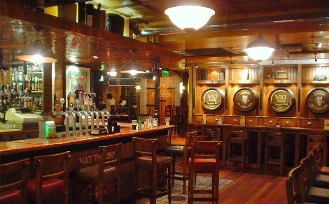 Best 20 irish pub decor ideas on pinterest irish bar cozy bar and irish pub interior - Irish pub interior design ideas ...