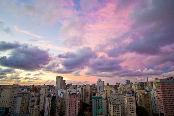 Fizemos uma seleção de lugares interessantes pra admirar a capital paulista, São Paulo vista do alto é impressionante e há lugares interessantes para admirar e fotografar a cidade.