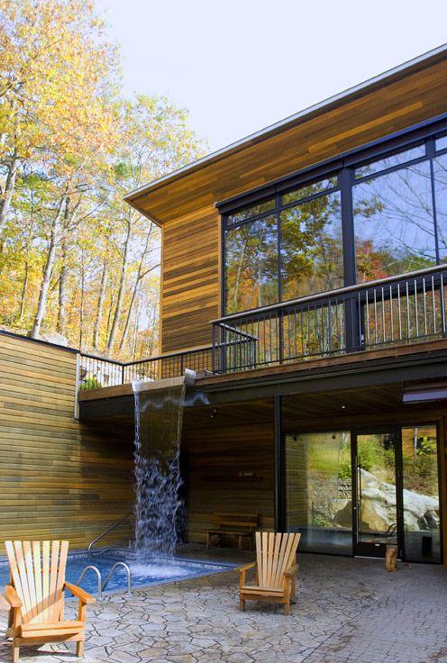 Modern Home. Waterfall into the swimming pool?! - INNER CITY SKYLINE - www.innercityskylineinc.com