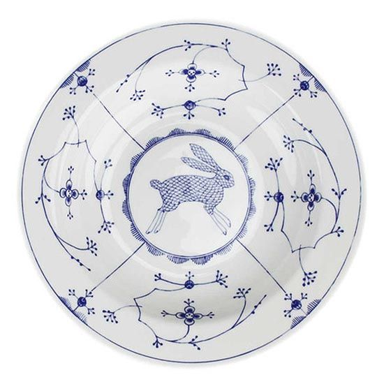 For the Love of Blue + White: Contemporary Clerkenwell Dishes