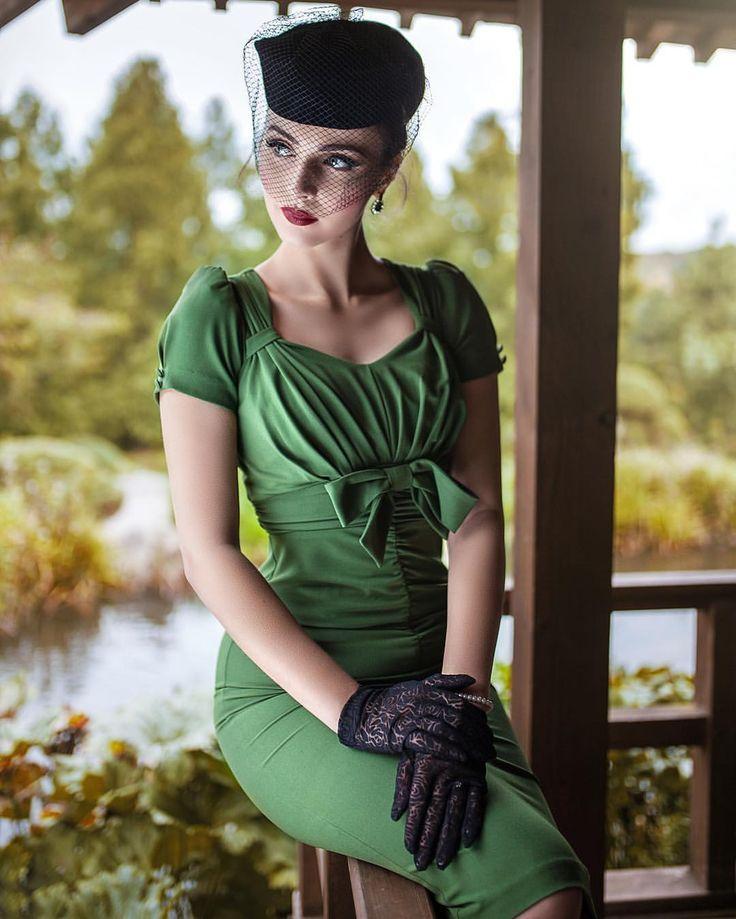 Iddavanmunster Green Vintage Dress In 2020 Idda Van Munster Vintage Outfits Vintagekleid