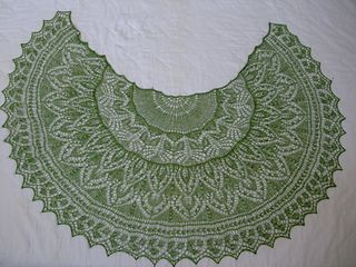 615-700 yds lace weight, knit on border