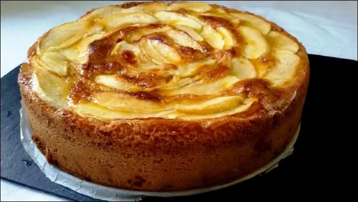 Tarta de manzana.esta receta tan sencilla de la tarta de manzana compartida desde el blog COCINA FAMILIAR CON JAVIER ROMERO, ya no tendrás excusa para no prepararla.