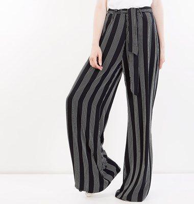 Silk-touch ψηλόμεσο ριγέ παντελόνα με ζώνη στη μέση και φερμουαρ στο πλάι, άνετη γραμμή