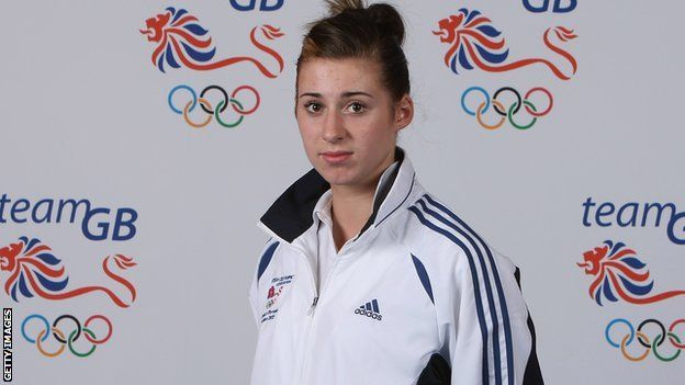 Great Britain's World Championships struggles continued with Bianca Walkden and Caroline Fisher both making early exits in Mexico.
