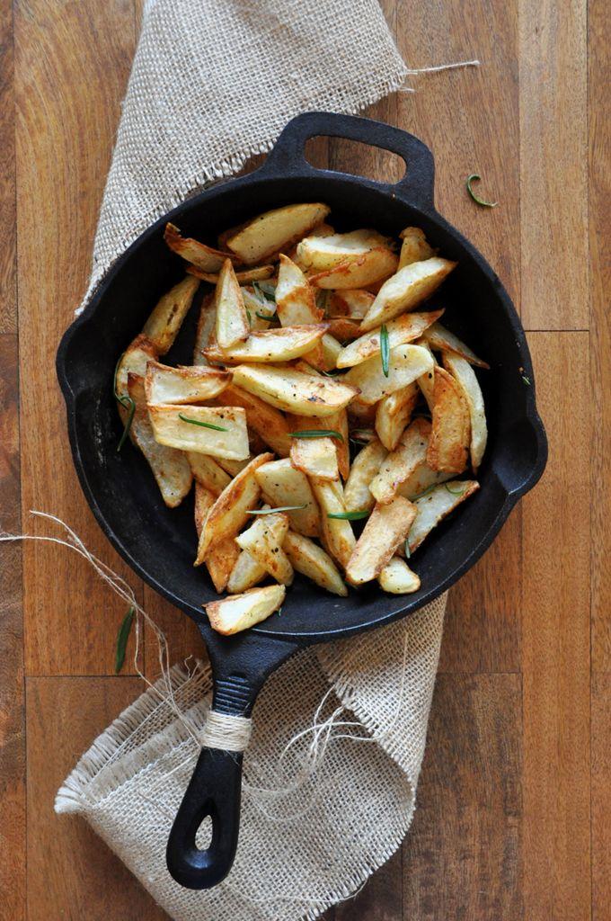 UMinimalist Baker - Baked Rosemary Garlic Fries