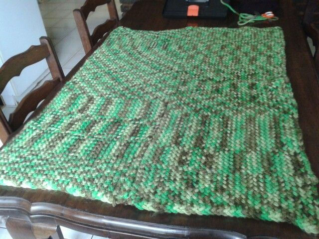 62 peg loom. Two halves using zigzag stich and matress stich to combine