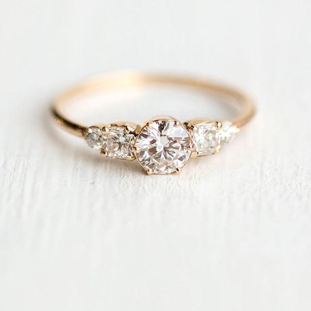 Diamond Sonnet ring with a half carat white diamond center and cushion cut sides… – Wedding & Hochzeit