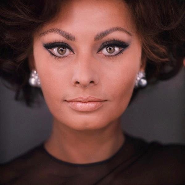 aloxxi hair color personality sicilian siren sophia lauren brunette - Sophia Loren Hair Color