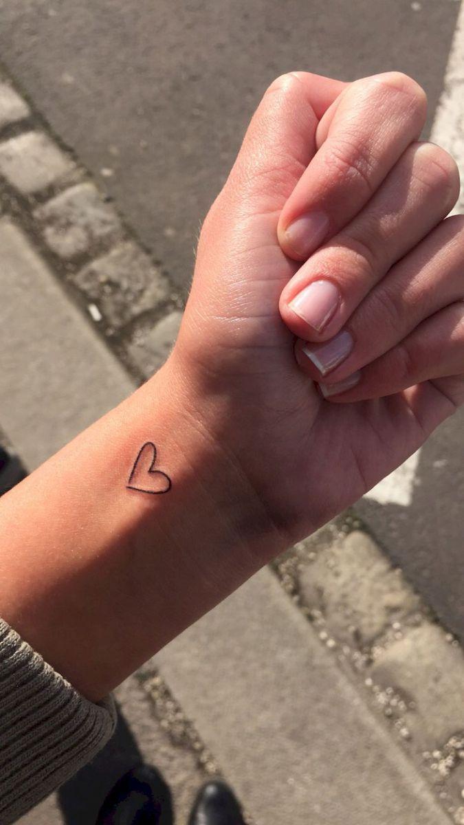 53 minimalistische Tattoos für jedes Gir