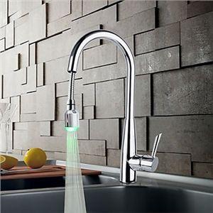 En laiton massif chromé finition robinet de cuisine avec LED lumière changeante de couleur