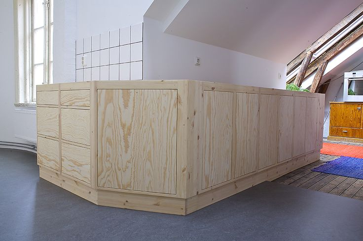 Omålat funkiskök modern med moduler tillverkade av MÖllansverkstäder / hånd bygget kjøkken med Funkis modul
