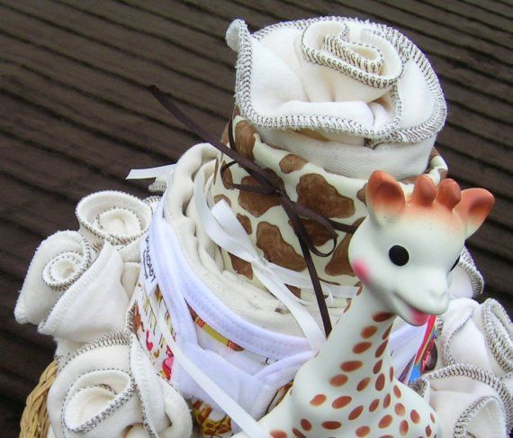 Organic Cloth Diaper Cake Sophie the Giraffe by idreamingreen. This would be great using pocket, flip and fitted hybrid diapers