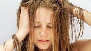 CURA DEI CAPELLI CON GLI OLI ESSENZIALI. Preziosi alleati per ogni problematica legata ai capelli.