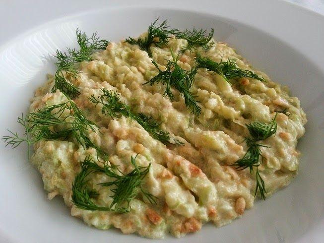 Mutfağımızdan Seçmeler: FINDIKLI KABAK SALATASI #Kabak #Fındık #Salatalar #Mezeler #MutfagimizdanSecmeler #TurkMutfagi
