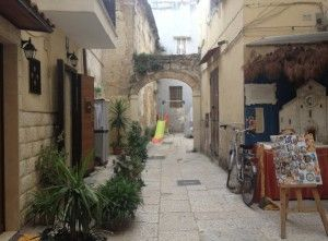 Bari vecchia, a private slide free for everybody wants to have fun.