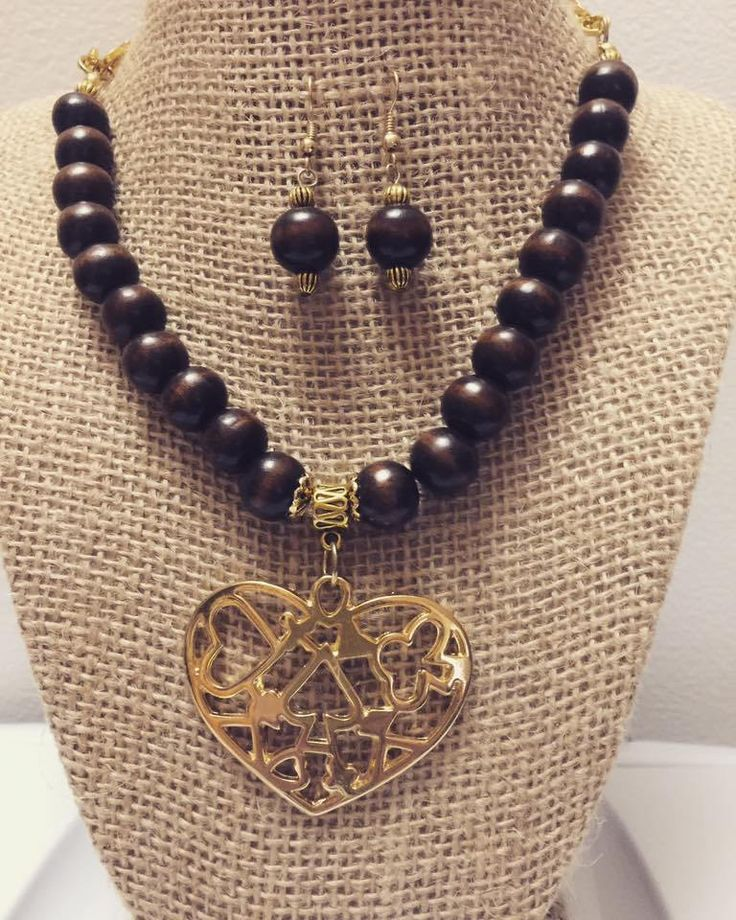 Wooden Necklace Set with earrings and Gold Heart Pendant by SuanleAccesories on Etsy