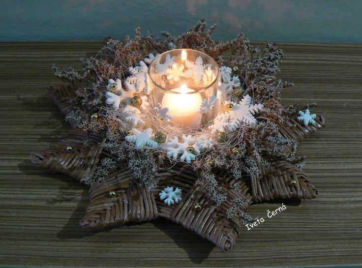 vánoční svícen ...pletení z papíru