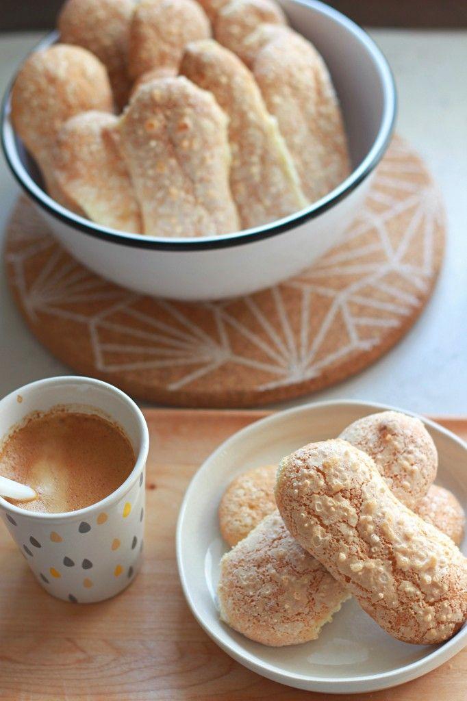 Biscuits à la cuillère de Pierre Hermé - Homemade Spongefingers The Happy Cooking Friends