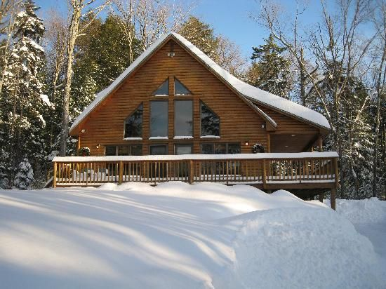 35 best ideas about cozy moose lakeside cabin rentals on for Cozy cabins rentals