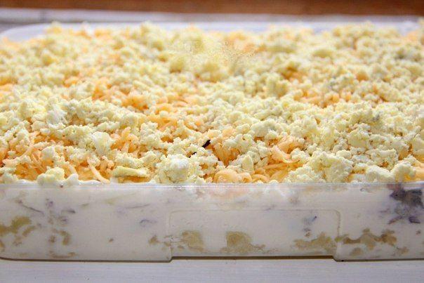 """Салат """"Мимоза"""" с консервированной горбушей.   Наша кухня - рецепты на любой вкус!"""