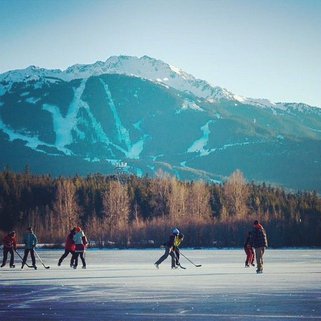 Sometimes returning to your roots is a good thing #icehockey #pondhockey #mountainview #mountains #hockey #outdoors #outside #travel #ski #weather #wx #home #homeawayfromhome Thx to one of our friends in Canada for this shot @aircanada @staralliance