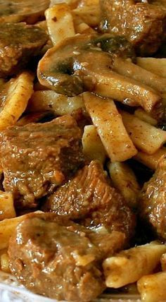 Home-Style Beef 'n Noodles with Mushrooms & Onions