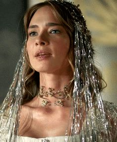 Telli Humasha's wedding dress, 2x29 (2/2) - Magnificent Wardrobe