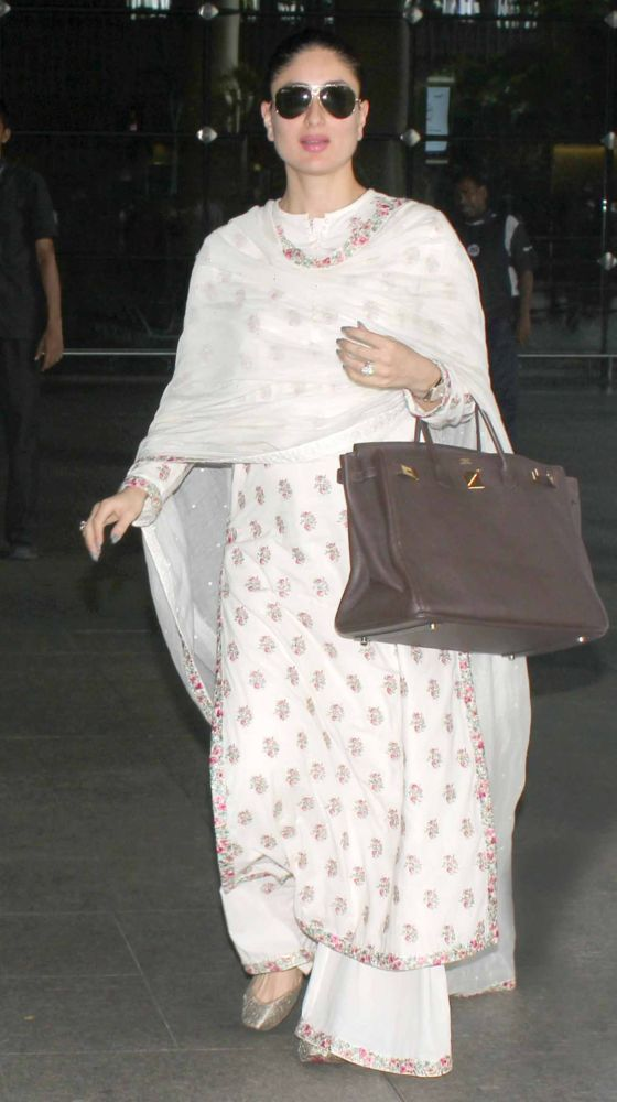 Move over, Kim Kardashian! We've got a maternity style muse in the form of Kareena Kapoor Khan coming your way. The newest mom to be in Bollywood has proved that maternity style need not comprise of loose clothing, an excessive amount of flats and the lack of waist clenching belts. We're only halfway there but we're totally in love with her style, and those gorgeous cheekbones.