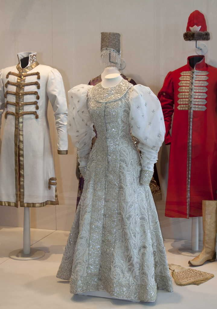 "Center: Boyaryna: Fancy Dress of Princess Zinaida Nikolayevna Yusupova, St. Petersburg (?), 1903, at the State Hermitage Museum. Installation shot from the exhibition ""At the Russian Imperial Court. Costumes of the 18th – Early-20th Centuries in the Hermitage Collection."""
