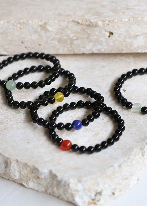 gemstone : onyx with birthstones onyx : 6mm or 8mm birthstone : 8mm