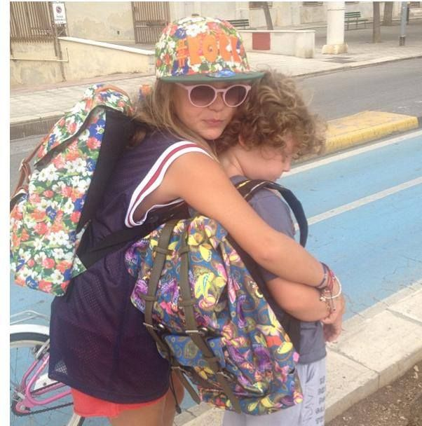 Matildeglam FRIENDS #friends#shopart #backpack#verycool#shopartonline #accessories #tuttilivoglioni #hashtag #what'syourhashtag#musthave#italianstyle